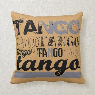 Apenas tango cojín decorativo