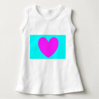 Aprenda su vestido de las formas. Corazón