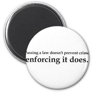 Aprobar una ley no previene crimen imán para frigorifico
