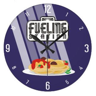 Aprovisionar de combustible el reloj de la cocina