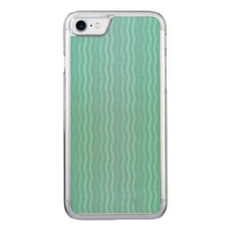 Aquamarine ondulado de la turquesa de las rayas funda para iPhone 8/7 de carved