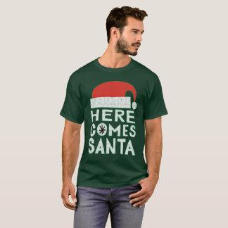 Aquí viene la camiseta festiva del día de fiesta