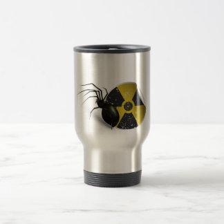 Araña radiactiva taza de viaje