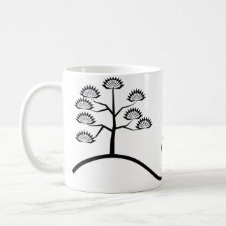 Árbol con la taza negra básica del diseño de las