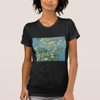 Árbol de almendra floreciente de Van Gogh Camiseta