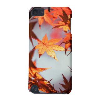 Árbol de arce rojo de las hojas de otoño de la carcasa para iPod touch 5G