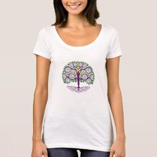 Árbol de la camisa del escote redondo de la vida