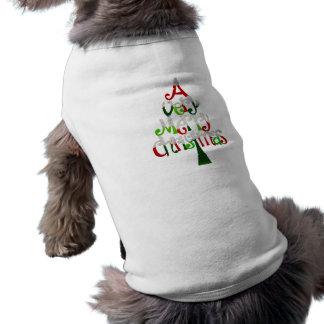 Árbol de navidad muy feliz camiseta sin mangas para perro
