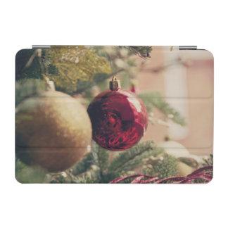 Árbol de navidad y decoración cubierta de iPad mini