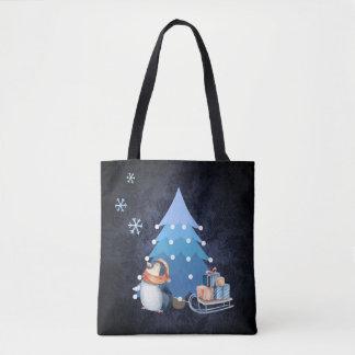Árbol de navidad y pingüino que traen los regalos bolsa de tela
