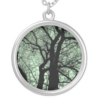 Árbol del alto contraste - palidezca - verde colgante redondo