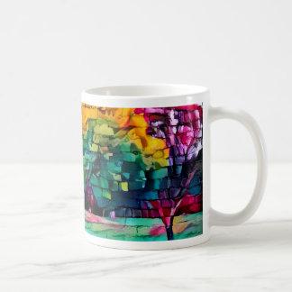 Árbol del otoño en colores vivos taza de café