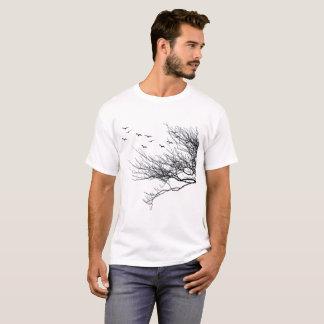 Árboles básicos para hombre de la camiseta