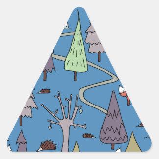 árboles del invierno pegatina triangular