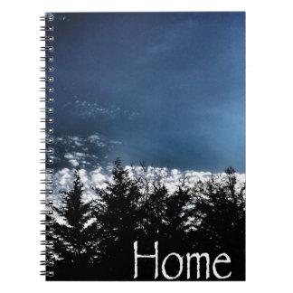 Árboles del noroeste del horizonte cuaderno