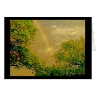 Arco iris de oro del cielo tarjeta de felicitación