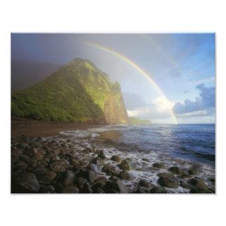 Arco iris doble sobre los acantilados del norte foto