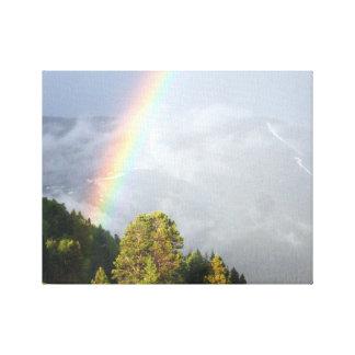 Arco iris sobre la cima de la montaña de Colorado Impresión En Lienzo