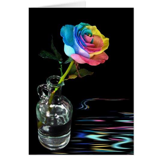 Arco iris subió con la reflexión del agua tarjeta de felicitación