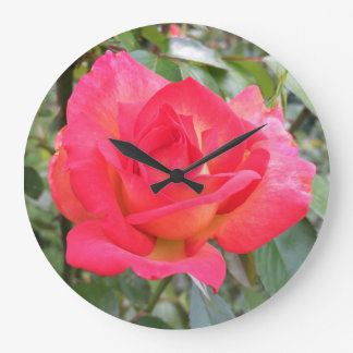 Arco iris subió reloj redondo grande