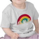 Arco iris una camiseta del cumpleaños
