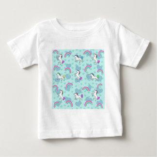 Arco iris y diseño azul psicodélico del unicornio camiseta