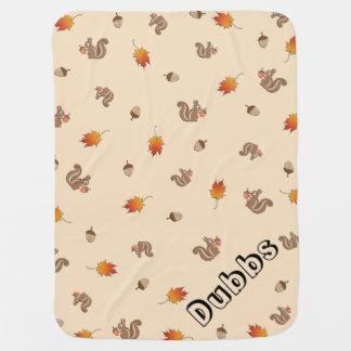 Ardilla adaptable del otoño mantitas para bebé