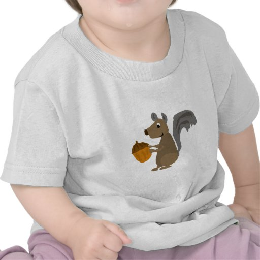 Ardilla gris divertida con la bellota camisetas