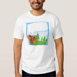 Ardilla y bellota del diseño de la frontera camisas