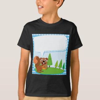 Ardilla y bellota del diseño de la frontera camisetas