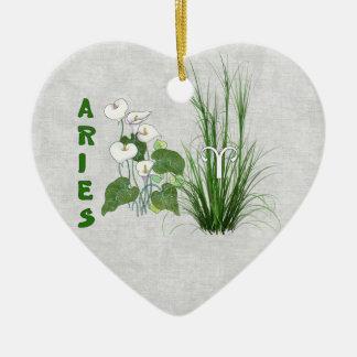 Aries del bambú y del lirio adorno de cerámica en forma de corazón