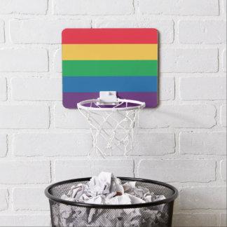 Aro de baloncesto del orgullo de la bandera del