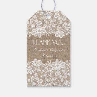Arpillera y boda floral del cordón del vintage etiquetas para regalos