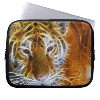 Arte abstracto del fractal del retrato del tigre funda para portátil