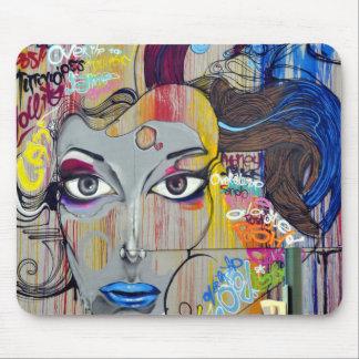 Arte colorido de la calle de la pintada alfombrilla de ratón