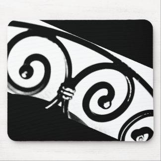 Arte curvado del hierro alfombrilla de ratón