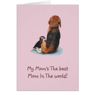 Arte de abrazo del realista del perro de la mamá tarjeta