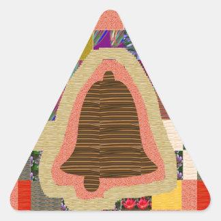 Arte magnífico de la CAMPANA del TEMPLO: SENSACIÓN Pegatina Triangular