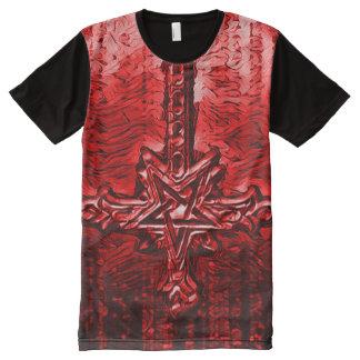 Arte oscuro del horror de la cruz reversa del camiseta con estampado integral