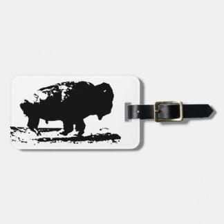 Arte pop corriente del bisonte del búfalo etiquetas para maletas