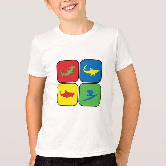 Arte pop de la persona que practica surf y de los camiseta