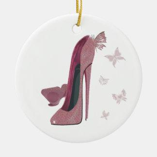 Arte rosado de los zapatos y de la mariposa del ornamento de navidad