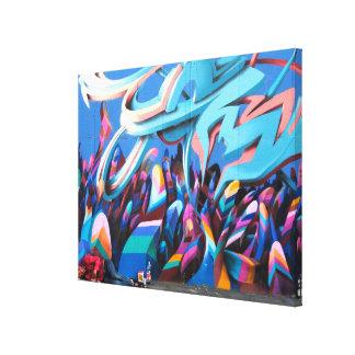Arte urbano colorido de la calle de la pintada