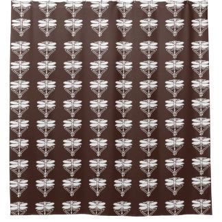 Artes de caoba y libélulas de los artes