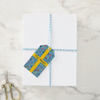 Artículos suecos de la cultura con la bandera etiquetas para regalos