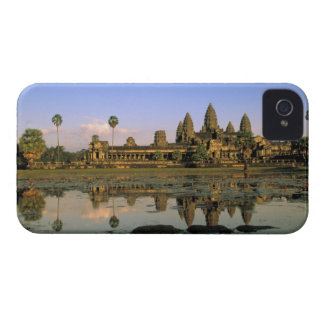 Asia, Camboya, Siem Reap. Angkor Wat. 2 Case-Mate iPhone 4 Cárcasa