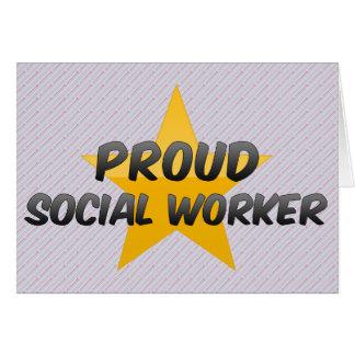 Asistente social orgulloso felicitacion