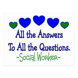 """Asistente social """"todas las respuestas, todas las postal"""