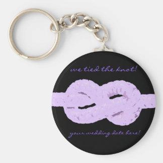 ¡atamos el nudo! favor púrpura del boda llaveros personalizados