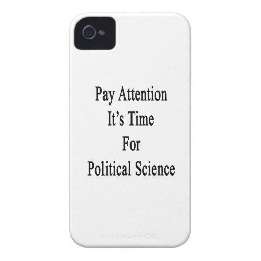 Atención de la paga es hora para la ciencia políti Case-Mate iPhone 4 cobertura